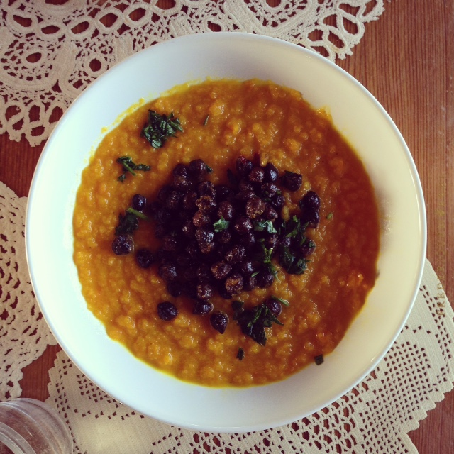 Carrot ginger soup with Black Chickpeas