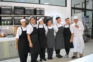 Graduation_MKC Thailand L1_highres_3.16_Evason (9)